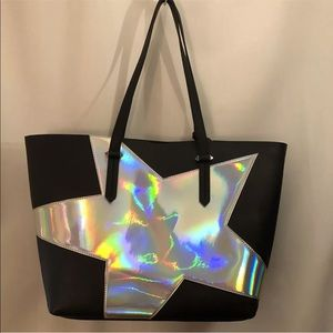 KENDALL + KYLIE Izzy Star Tote Bag Silver Metallic